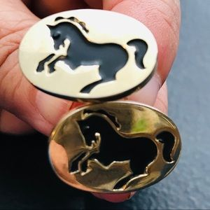 Vintage Gold Colored Cuff Links Horses Very Old